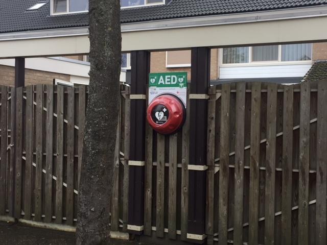 AED IJsselstraat op definitieve plaats